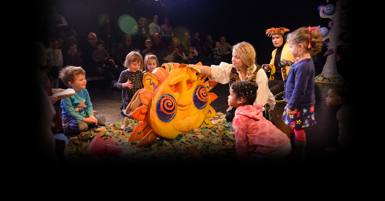 The 2014/15 TVY production of The LIzard & El Sol. Photo by Greg Mooney.